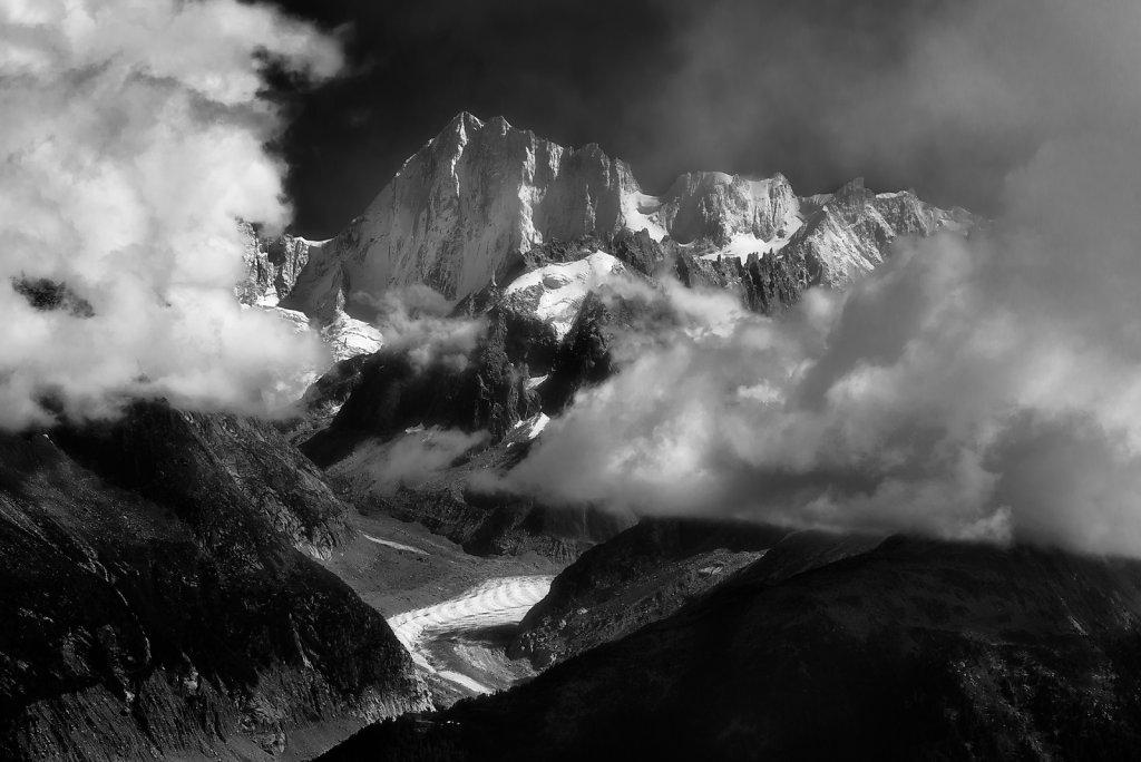 Alps - Les Grands Jorasses